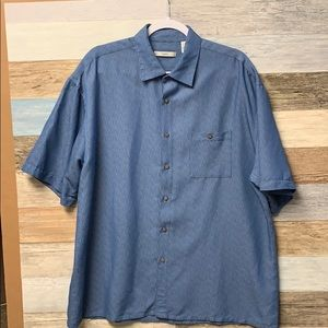 Choose 2 for $25 Campia Moda Camp shirt, size XL.